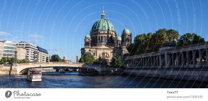 Berlin #3 Hauptstadt ästhetisch Religion & Glaube Museumsinsel Winter Spree Farbfoto Außenaufnahme Menschenleer