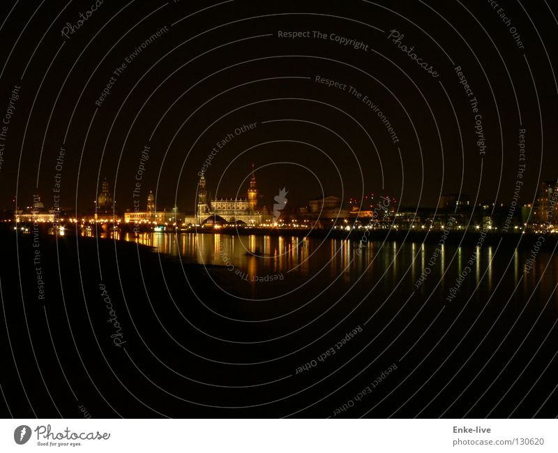 Dresden bei Nacht 1 Wasser Beleuchtung Fluss Dresden Abenddämmerung Elbe Nachtaufnahme Frauenkirche