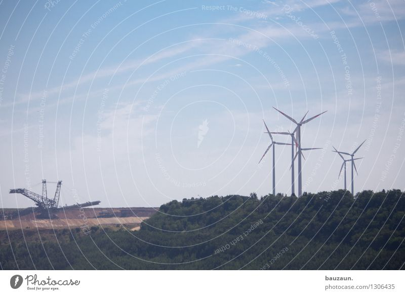 ||| ||. Himmel Natur Wald Umwelt Horizont Energiewirtschaft Erde Technik & Technologie Ausflug Klima Zukunft Industrie Wandel & Veränderung Windkraftanlage
