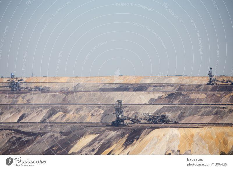 =. Natur Landschaft Berge u. Gebirge Umwelt Linie Sand Felsen Arbeit & Erwerbstätigkeit Energiewirtschaft Wachstum Klima Ausflug Zukunft Industrie Streifen