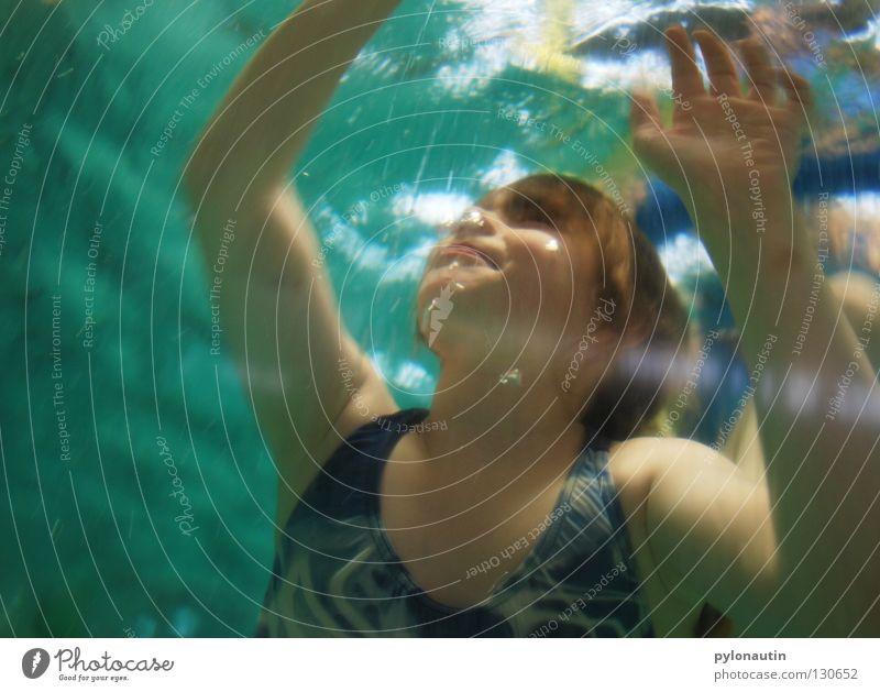 Badenixe Kind blau Hand Ferien & Urlaub & Reisen Mädchen Meer Haare & Frisuren Luft See Arme Schwimmen & Baden Schwimmbad tauchen türkis blasen Schulter