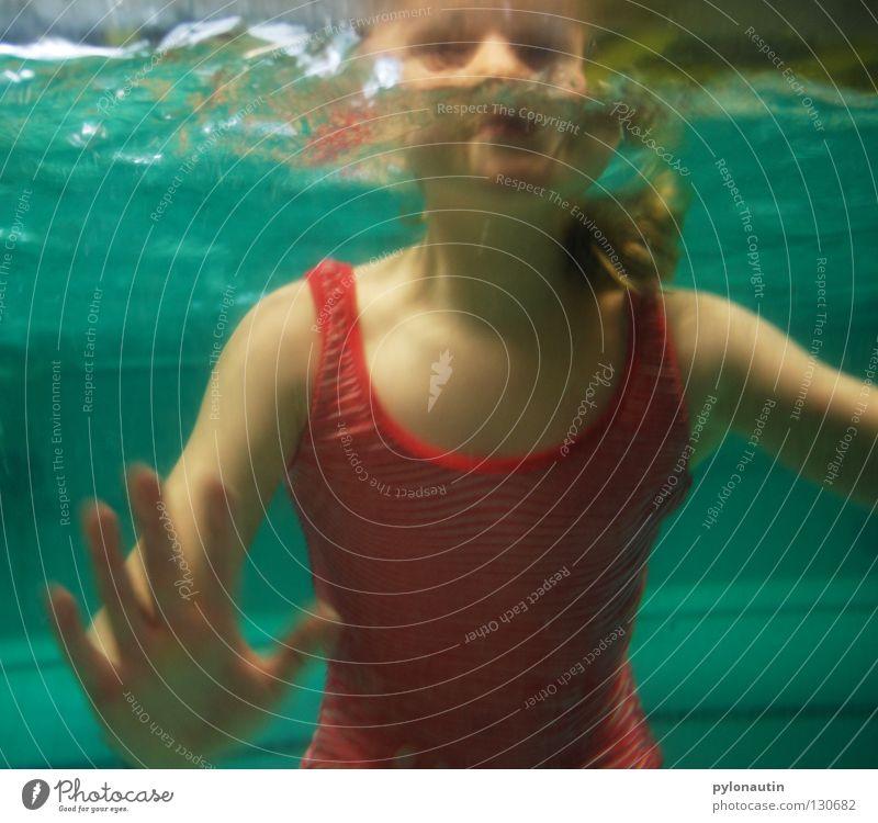 Badenixe die Andere Kind blau Hand Ferien & Urlaub & Reisen Mädchen Meer Haare & Frisuren Luft See Arme Schwimmen & Baden Schwimmbad tauchen türkis blasen
