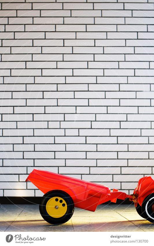 Willste mitfahrn? Spielzeug Bobbycar aufhängen fahren Kopilot mitkommen zusammenhängend Güterverkehr & Logistik Berghang PKW Gefolgsleute Eisenbahnwaggon
