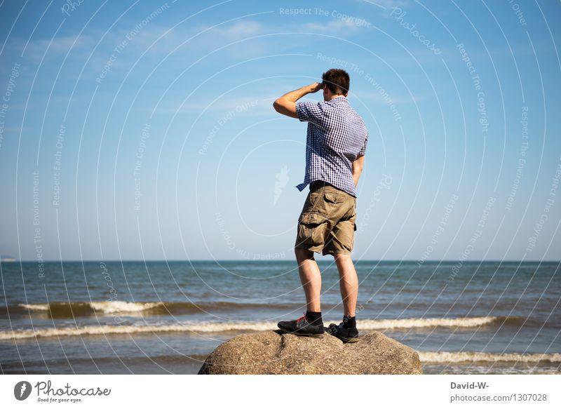 weit und breit... Mensch Himmel Ferien & Urlaub & Reisen Jugendliche Mann Sommer Meer Junger Mann Einsamkeit Ferne Erwachsene Leben Traurigkeit Lifestyle