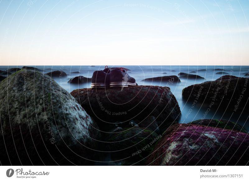 Urlauberpärchen Natur Ferien & Urlaub & Reisen Sommer Wasser Sonne Meer Einsamkeit Landschaft ruhig Strand Umwelt Küste Lifestyle Mode Stimmung Tourismus