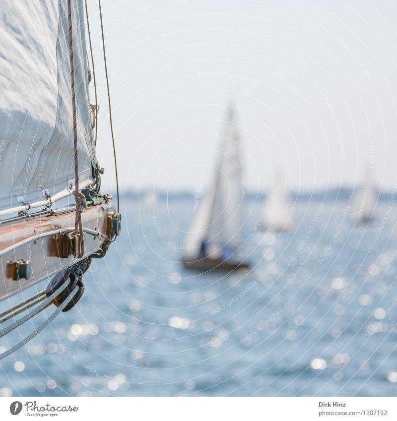 Segelblick Segeln Jacht blau Laboe Segelbaum Segelboot Segelschiff Segeljacht Segeltörn Segelurlaub Aussicht Seil Wasser Wasseroberfläche Ostsee Meer Regatta