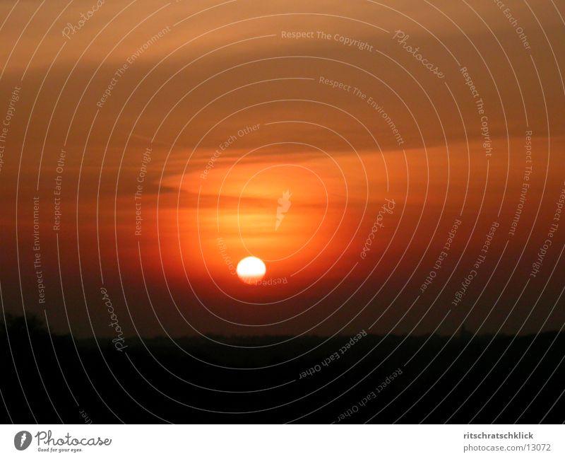 sonnenuntergang+schleierwolken Himmel Sonne rot Wolken