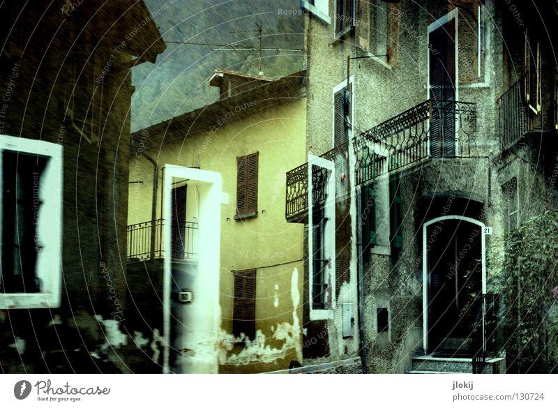 Italienischer Charme mediterran Haus Dorf Stadt Fenster Dach Veranda Mauer Putz gelb grau Baum Bauwerk Gebäude Wohnung Ferien & Urlaub & Reisen fahren