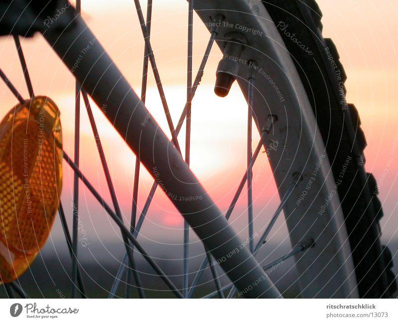 fahrraddetail Himmel Sonne Stimmung Fahrrad Dinge Speichen