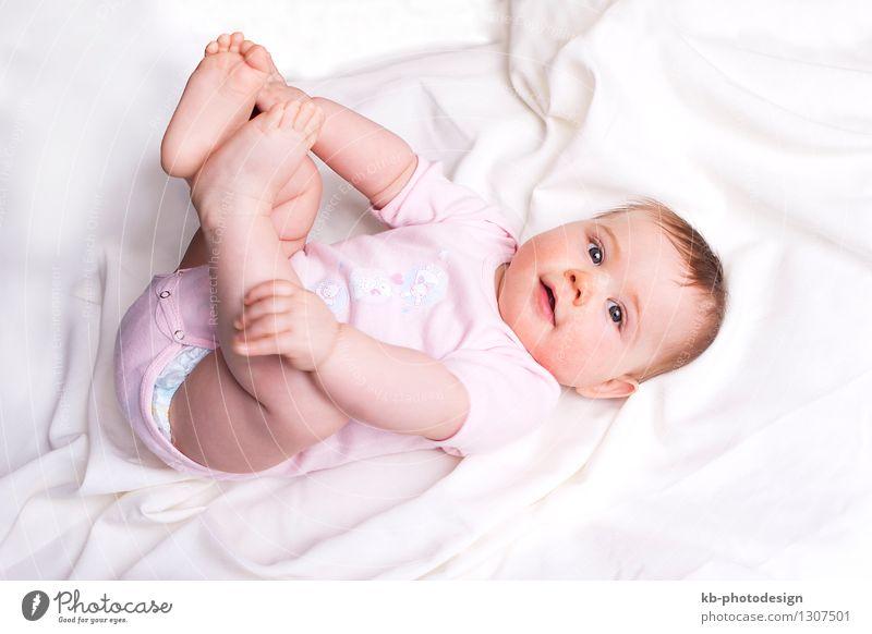 Baby girl on a white blanket Gesundheit Gesunde Ernährung harmonisch Wohlgefühl Familie & Verwandtschaft 1 Mensch 0-12 Monate weich rosa rein beautiful beauty