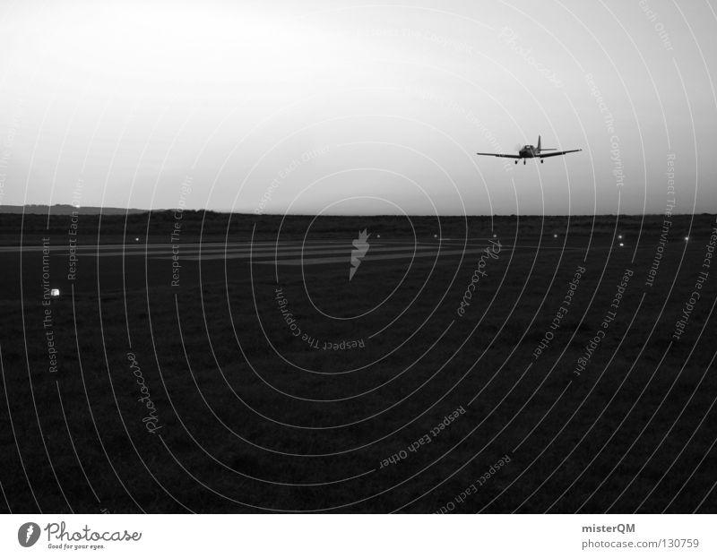 Back to Earth. Flugzeug Maschine Abdeckung schwarz weiß dunkel privat Pilot Luft Düsenflugzeug Freizeit & Hobby Karriere aufsteigen Flughafen Erfolg Luftverkehr
