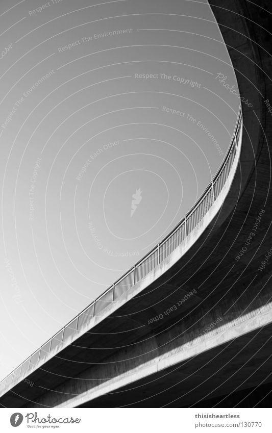 Griechisches Neutrum 001 Straße Holz grau Sand Beton Armut Verkehr Eisenbahn Brücke Sicherheit Dach Bauwerk Vertrauen trocken Geländer Bürgersteig