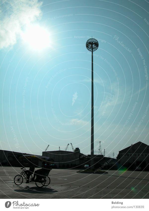 Hafenrundfahrt Himmel Sonne blau hell Ausflug Turm