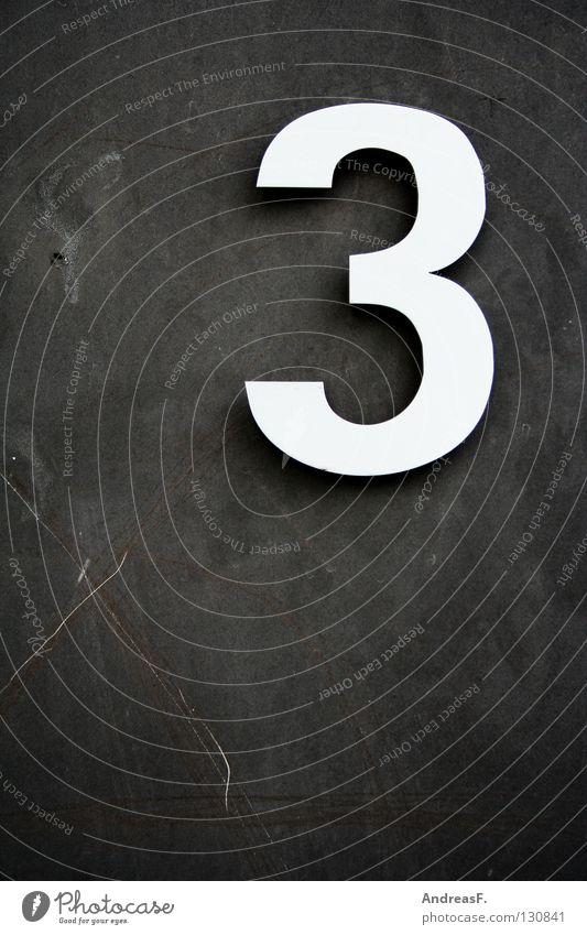 _3 Schilder & Markierungen Ziffern & Zahlen Symbole & Metaphern rechnen zählen Mathematik Betonwand Hausnummer