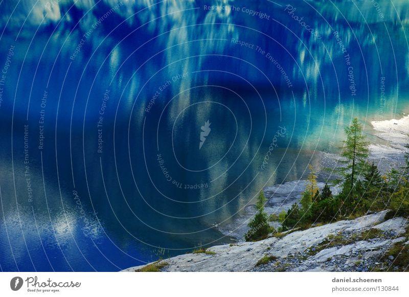 Badehose dabei ?? Reflexion & Spiegelung See Schweiz zyan wandern Tanne grün Sommer Einsamkeit ruhig Wolken Oberfläche Wasser blau Farbe Himmel Natur Alpen