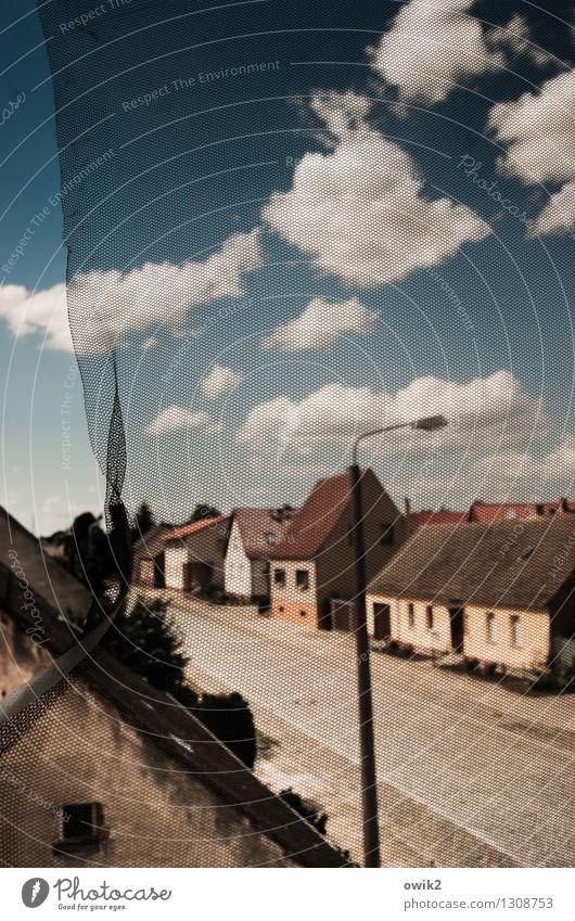 Weiler Himmel Wolken Haus Fenster Straße Gebäude Deutschland Fassade Verkehr kaputt Schutz Straßenbeleuchtung Kunststoff Bürgersteig Netz Dorf