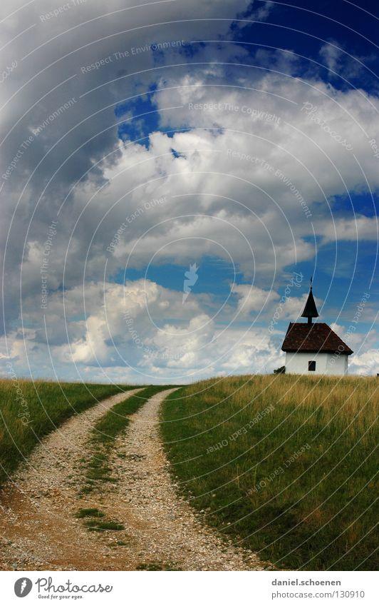 ist nicht das Freiburger Münster ! Himmel grün blau Sommer Wolken Straße Wiese Landschaft Frühling Wege & Pfade Wetter Religion & Glaube braun Feld Deutschland Horizont