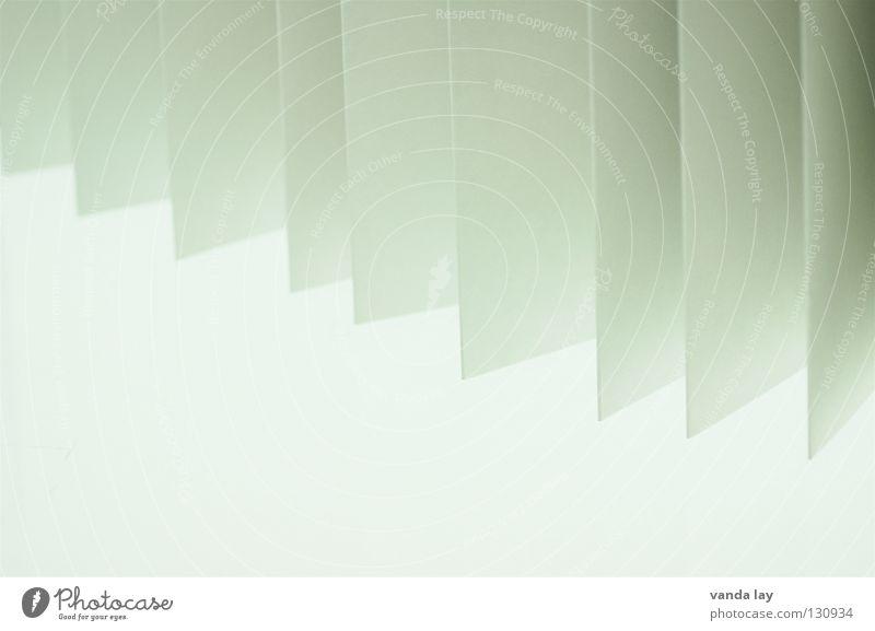 Leporello weiß Blatt grau Hintergrundbild Treppe Papier zart Falte obskur Zettel Druckerzeugnisse graphisch Handzettel Faltenwurf Prospekt Fächer
