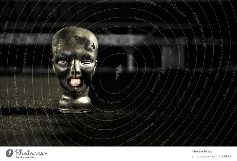 Happy Zombie schwarz Auge Kopf Mund verrückt Gebiss Monster Schrecken Bildbearbeitung