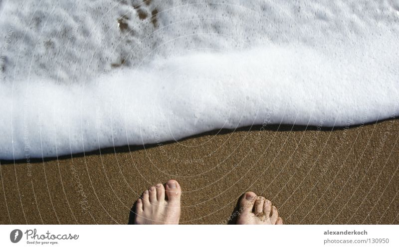 Schaumbad Meer Ferien & Urlaub & Reisen Wellen Zehen Strand Gischt Ebbe Türkei Erholung Sehnsucht Wasser Fuß Schwimmen & Baden Kitzel Sand Flut Glück Barfuß