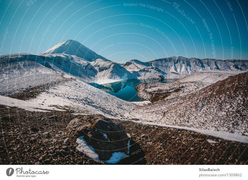 Snowy Mountains in Neuseeland I Natur Ferien & Urlaub & Reisen Farbe Einsamkeit Landschaft Ferne Berge u. Gebirge Umwelt Freiheit See Felsen elegant wandern