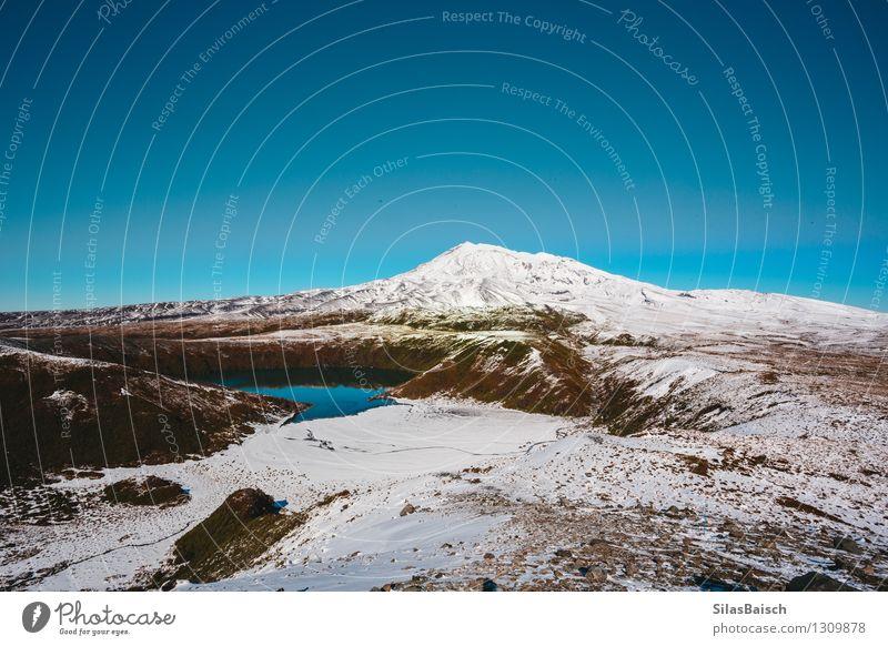 Natur Ferien & Urlaub & Reisen Landschaft Ferne Winter Berge u. Gebirge Umwelt Schnee Freiheit See Felsen Eis Schönes Wetter Abenteuer Gipfel Frost