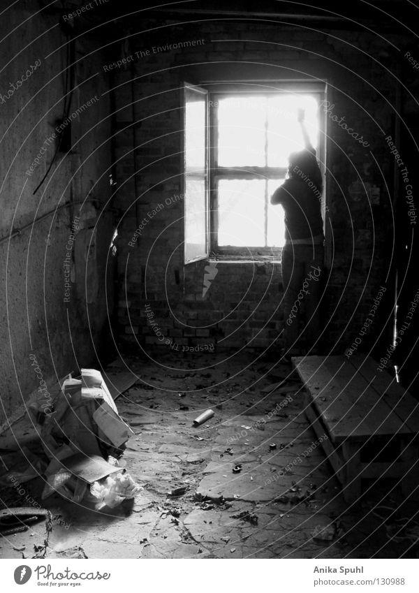- hello morning - dunkel dreckig Müll Staub Fenster Licht Guten Morgen Begrüßung Blatt verfallen Backstein Trauer Suche skeptisch Hoffnung stehen winken schwarz