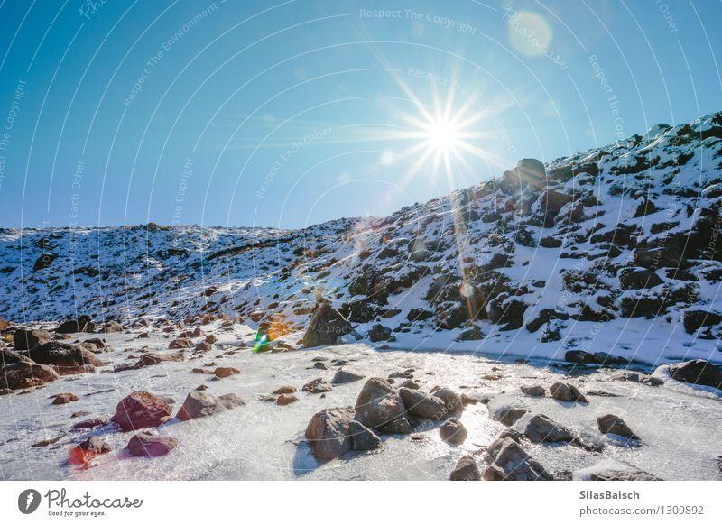 Gefrorener Fluss in den Bergen Natur Ferien & Urlaub & Reisen schön Wasser Sonne Landschaft kalt Reisefotografie Berge u. Gebirge Umwelt Felsen Eis Wetter