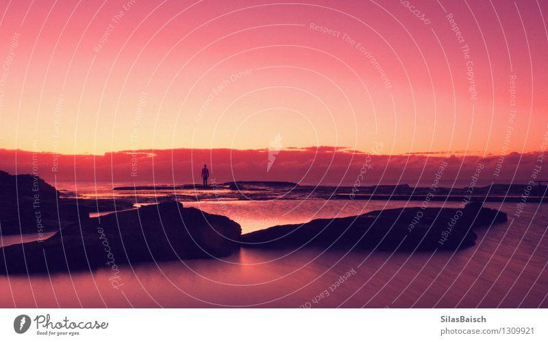 Sonnenaufgang Silhouette Mensch Frau Natur Ferien & Urlaub & Reisen Mann Sommer Meer Freude Ferne Strand Erwachsene Frühling Küste Freiheit Lifestyle Tourismus