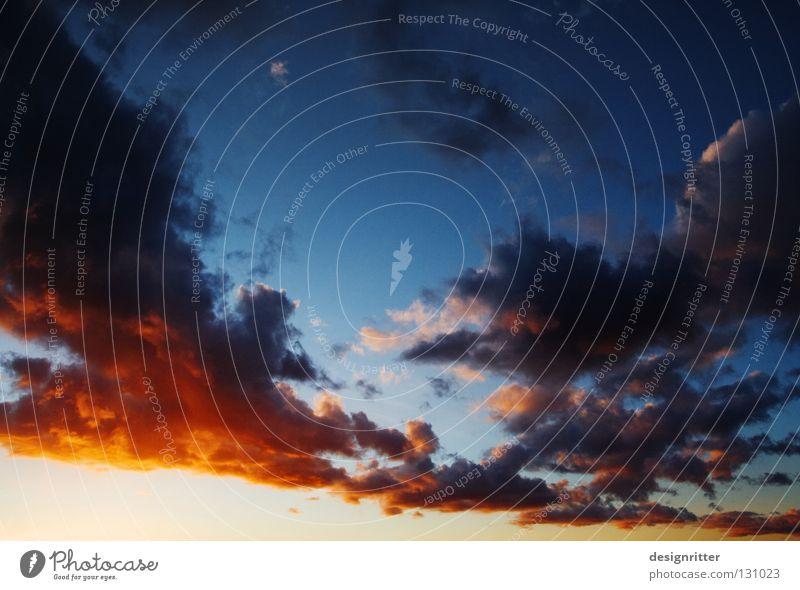 vorüber gegangen Himmel Sonne rot ruhig Wolken Zufriedenheit Wetter Vergangenheit Gewitter Unwetter vergangen Abenddämmerung Erinnerung dramatisch erinnern