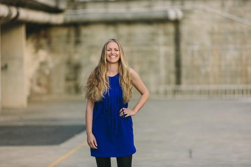 Mensch Frau Jugendliche Junge Frau Freude 18-30 Jahre Erwachsene lustig feminin Stil lachen Glück Lifestyle Haare & Frisuren Mode Design