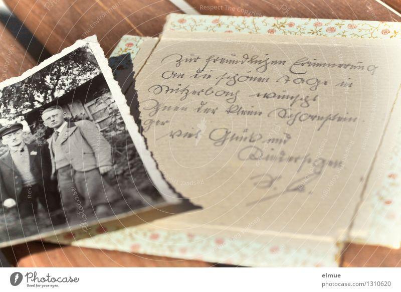 Zur freundlichen Erinnerung alt Einsamkeit Leben Gefühle Kindheit Fotografie Vergänglichkeit einzigartig Romantik Wandel & Veränderung Neugier historisch