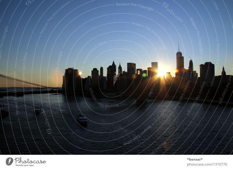 skyline at sunset Ferien & Urlaub & Reisen Sightseeing Städtereise Wolkenloser Himmel Sonnenaufgang Sonnenuntergang Sonnenlicht Sommer Schönes Wetter