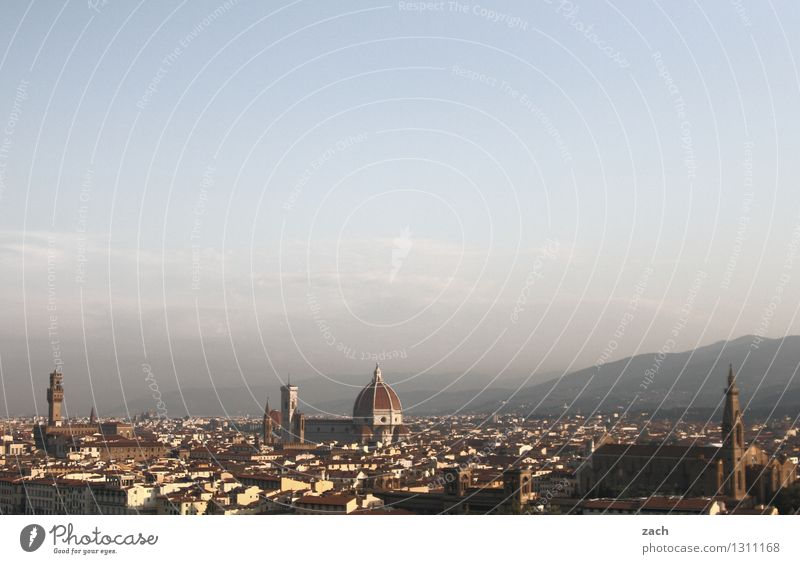Überblick Himmel Schönes Wetter Hügel Berge u. Gebirge Florenz Italien Toskana Stadt Stadtzentrum Altstadt Skyline Haus Kirche Dom Palast Bauwerk Architektur