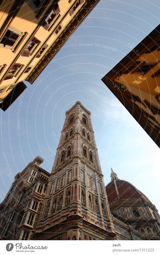 Florenz, perspektivisch Ferien & Urlaub & Reisen Stadt blau Haus Wand Architektur Mauer Religion & Glaube Fassade Tourismus Platz Kirche Italien Schönes Wetter
