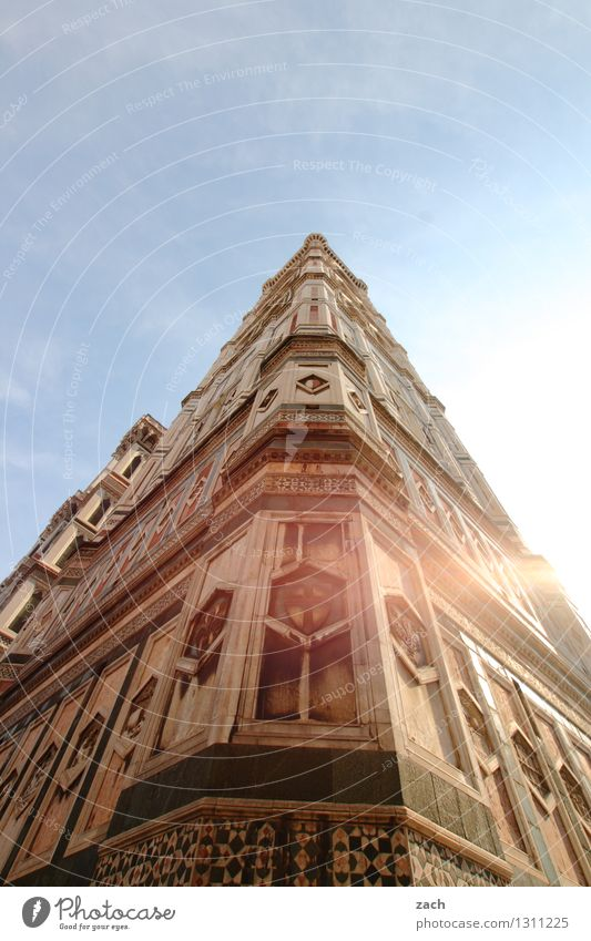 DomMinanz Himmel Stadt blau Sommer Sonne Fenster Gebäude Religion & Glaube Fassade Kirche Italien Turm historisch Bauwerk Wolkenloser Himmel