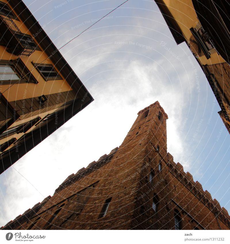 geometrisch | das Blaue vom Himmel Toskana Italien Dorf Stadt Stadtzentrum Altstadt Menschenleer Haus Traumhaus Kirche Dom Palast Burg oder Schloss Turm Bauwerk