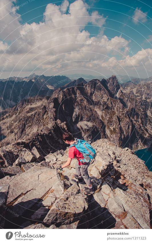 Wanderung in der Tatra Lifestyle Freizeit & Hobby Ferien & Urlaub & Reisen Ausflug Abenteuer Freiheit Sommer Sommerurlaub Berge u. Gebirge wandern Junger Mann