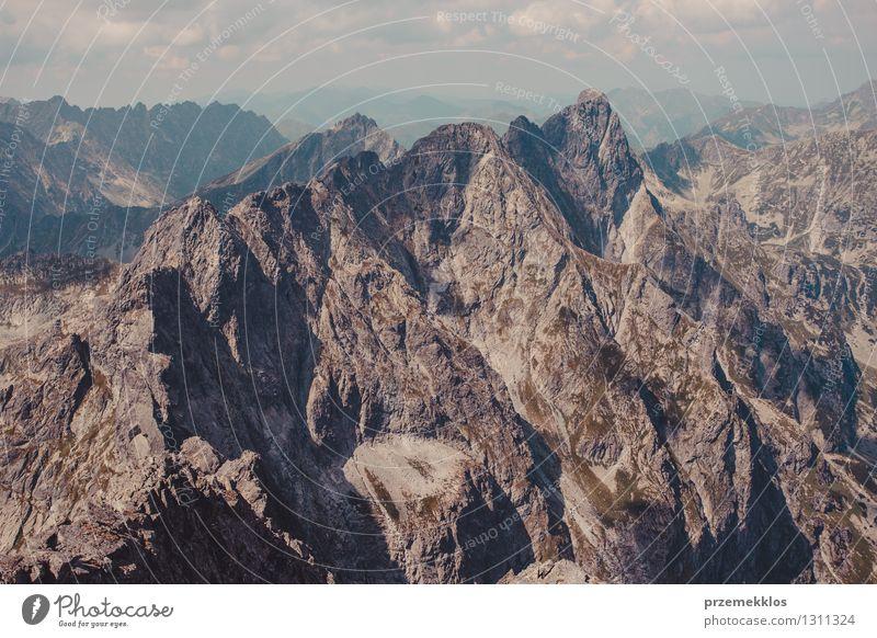 Berglandschaft in Tatras Natur Landschaft Berge u. Gebirge Felsen Abenteuer Gipfel Berghang breit