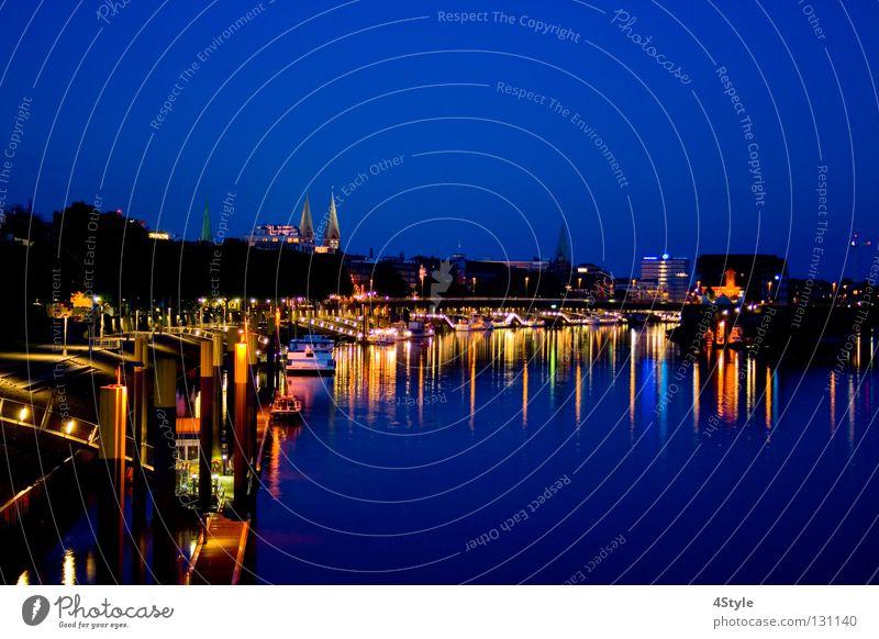 Schlachte (Bremen) blau Weser Skyline Fluss Romantik Licht Stimmung Abend Dom Wasser Promenade Steg Seeufer Flussufer Nacht Dämmerung Bach Hafen