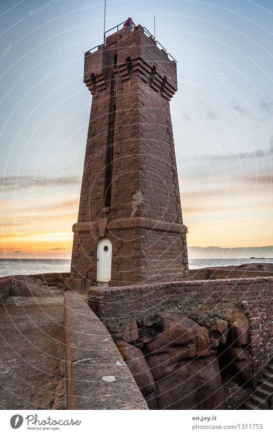 auf Fels gebaut Himmel Ferien & Urlaub & Reisen Sommer Meer Ferne Küste Felsen Horizont Tourismus gefährlich Ausflug Abenteuer Turm Sicherheit Sehnsucht Bauwerk