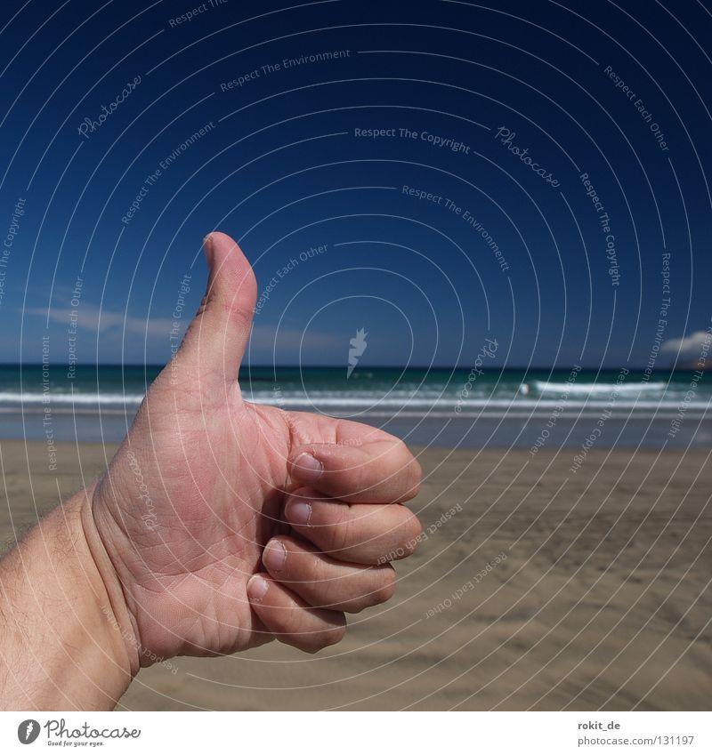 1a Urlaub! Ferien & Urlaub & Reisen Strand Wellen Daumen Hand Fröhlichkeit Sonnenbad Lanzarote Kanaren Atlantik blau Gischt Ebbe Finger Wolken Physik weitläufig