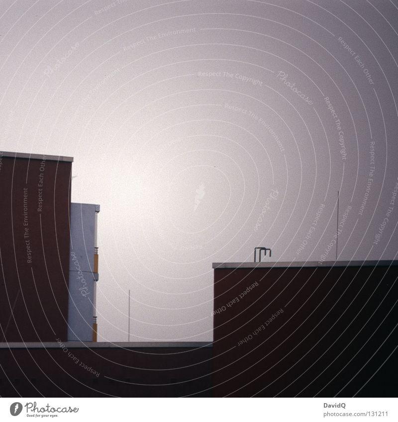 skyline potsdam (detail) Haus Plattenbau Gebäude Dach graphisch Linearität Ecke Einsamkeit trist grau Detailaufnahme Baustelle Skyline oben Stadt eckig anonym