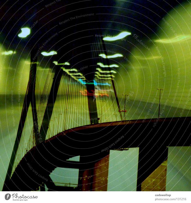 take the high road Ferien & Urlaub & Reisen oben träumen PKW Hamburg Verkehr Brücke Güterverkehr & Logistik Fluss Hafen Tunnel Bauwerk chaotisch abwärts