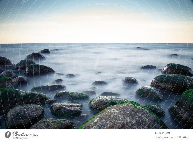 Langzeitbelichtung Natur Ferien & Urlaub & Reisen Sommer Wasser Sonne Erholung Meer ruhig Strand Küste Freiheit Stein Felsen Zufriedenheit Tourismus Nebel