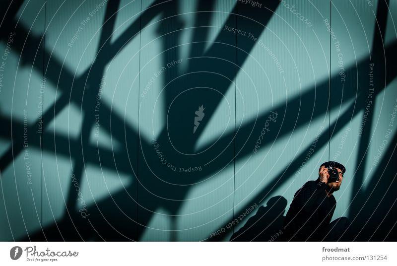holgatographer aufstrebend Wand Streifen Anzug springen Nervosität vorwärts dumm geschäftlich Verlobung Mann maskulin zielstrebig Stil lässig diagonal Held