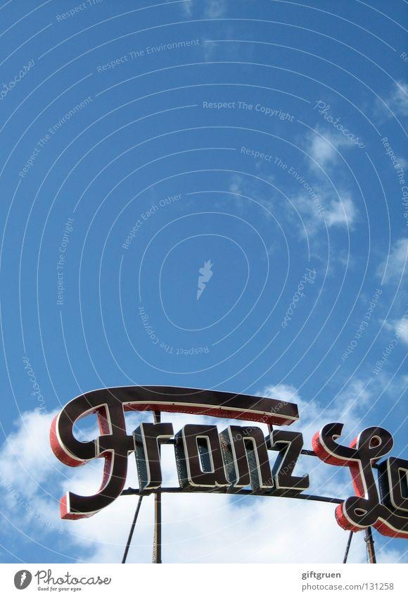 franz Buchstaben Aufschrift Werbung Leuchtreklame Jahrmarkt Wolken Fahrgeschäfte Karussell Sommer Freude Zuckerwatte Spielen Schriftzeichen vorname Himmel