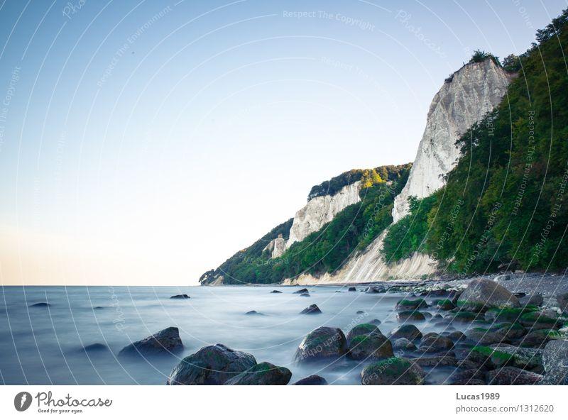 Kreidefelsen Ferien & Urlaub & Reisen Tourismus Ausflug Abenteuer Ferne Freiheit Kreuzfahrt Expedition Sommer Strand Meer Insel Wellen Wasser Himmel