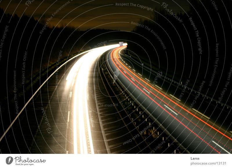 sauerlandlinie bei nacht 6 Autobahn Nacht Langzeitbelichtung Licht Geschwindigkeit Verkehr