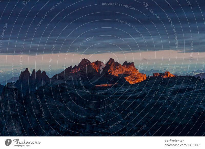 Majestätischer Sonnenaufgang in den Dolomiten Ferien & Urlaub & Reisen Tourismus Ausflug Abenteuer Ferne Freiheit Sommerurlaub Berge u. Gebirge Umwelt Natur